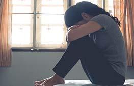 मानसिक स्वास्थ्य संकट-स्पाइक-साथ-बढ़ती-कोरोना-मामलों